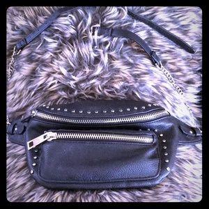 Trendy belt bag
